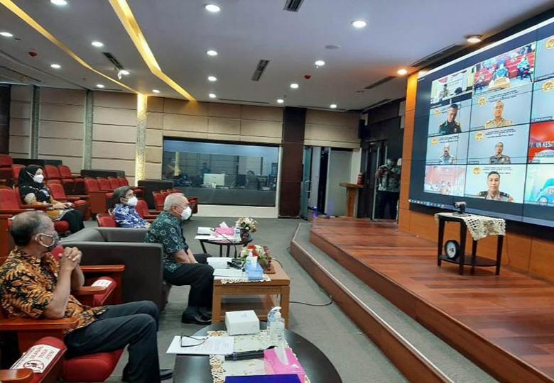 TNI Polri Garda Terdepan Menjaga NKRI