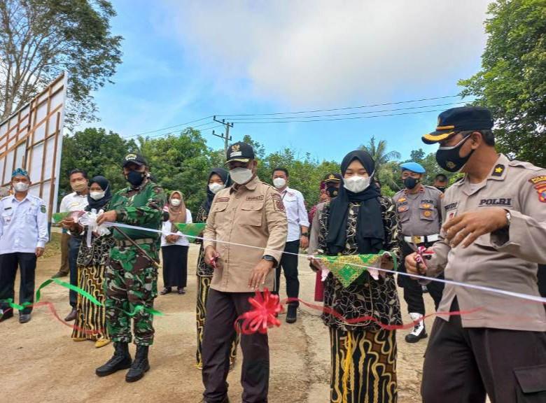 Bupati Kukar Resmikan Desa Tanjung Batu jadi Desa Mandiri
